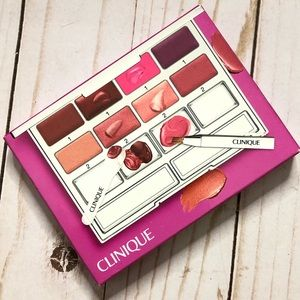 NIB Clinique pretty easy lip palette